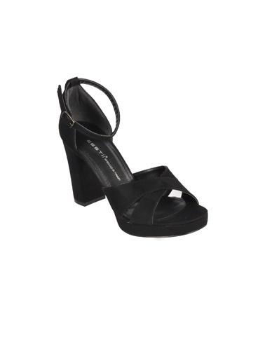 Esstii 234 Siyah Yılan  Kadın Topuklu Ayakkabı Siyah